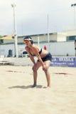 defensa Mujeres del torneo del voleibol de playa Ubicación: Ostia, Roma Italia Imágenes de archivo libres de regalías