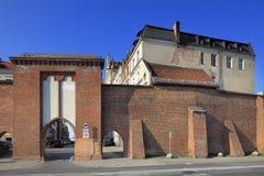 Defensiemuren van de Oude Stad en Boulevard van Philadelphia in Torun, Polen Royalty-vrije Stock Afbeelding