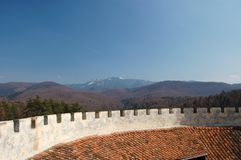 Defensive wall and mountains Royalty Free Stock Images