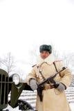 Defensor de Stalingrad en una forma del invierno Imagenes de archivo
