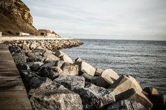 Defesas de mar na costa de Mar do Norte Fotos de Stock