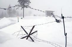 Defesas do barbwire de WWII imagens de stock royalty free