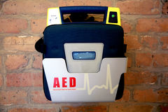 Defibrillator ou AED externo automatizado fotografia de stock royalty free