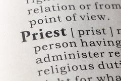 Definición de diccionario del sacerdote fotos de archivo libres de regalías