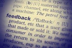 Definitie van woordterugkoppeling in woordenboek retro filter royalty-vrije stock foto