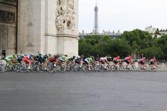 Definitieve cirkel Ronde van Frankrijk, Parijs, Frankrijk Sportcompetities Fiets peloton royalty-vrije stock foto's