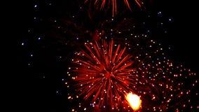 Defocus de los fuegos artificiales almacen de metraje de vídeo