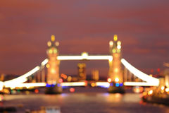 Defocus-Licht der Turm-Brücke Stockbilder