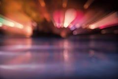 Defocused与五颜六色的光的迷离都市场面 库存照片