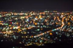 Defocused抽象ChiangMai市夜点燃背景 免版税库存图片