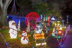 Defocused abstrakter Weihnachtshintergrund lizenzfreie stockfotos