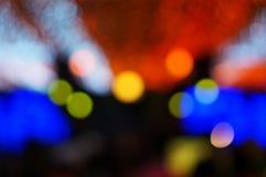 Defocused bunte Parteilichter des neuen Jahres Stockbild