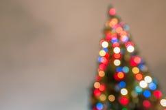 Defocused Weihnachtsbaum mit unscharfen Lichtern Lizenzfreies Stockfoto