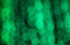 Defocused zielonych świateł tła abstrakcjonistyczna fotografia Zdjęcia Royalty Free