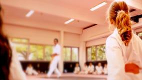 Defocusedonduidelijk beeld, karate opleiding stock footage