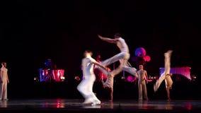 Degage modern balett arkivfilmer