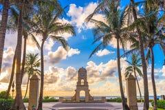 Degno il Palm Beach del viale Fotografia Stock Libera da Diritti