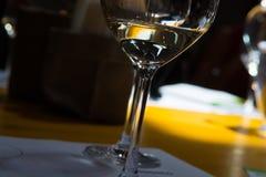 Degustação de vinhos, adega Donnafugata, Marsala, Sicília, Itlay, o 28 de maio Imagem de Stock Royalty Free