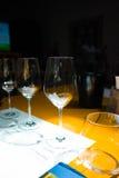 Degustação de vinhos, adega Donnafugata, Marsala, Sicília, Itlay, o 28 de maio Imagem de Stock
