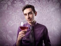 Degustatore alla moda del vino Fotografia Stock Libera da Diritti