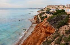 Dehesa de Campoamor岩石海岸  西班牙 免版税图库摄影
