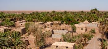 Dehseyf: деревня оазиса в пустыне Lut, Иране Стоковые Фотографии RF