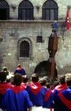 Dei Ceri de Corsa de La dans Gubbio. Région Ombrie, Italie Image stock