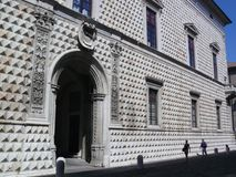 Dei Diamanti - facciata di Palazzo del diamante sulla costruzione a Ferrara Fotografie Stock