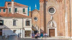 Dei Frari van basiliekdi Santa Maria Gloriosa timelapse Venetië, Italië stock video