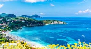 Dei Frati Cala, пляж острова Эльбы, Тосканы, Италии стоковые фото
