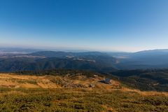 ` Dei laghi Rila del ` sette della capanna ed il panorama meraviglioso della montagna di Rila, Bulgaria Fotografia Stock Libera da Diritti