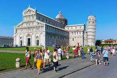 Dei Miracoli de la plaza en Pisa, Italia Imágenes de archivo libres de regalías