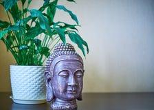 A deidade da Buda Gautama na Índia, religião do budismo foto de stock