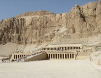 Deir el-Bahri in sunny ambiance Royalty Free Stock Photography