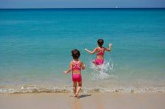 Deixe-nos ir nadar! fotografia de stock