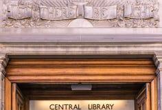 Dejado haya biblioteca central mural ligera, Edimburgo, Escocia, U imagenes de archivo