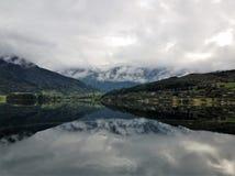 Dejar Ulvik Noruega imagen de archivo libre de regalías