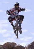 Dekan Tennant von Kanada - 2009 UCI Gebirgsfahrräder Lizenzfreie Stockfotografie