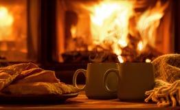 Dekatyzuje od filiżanek z gorącym kakao obrazy stock