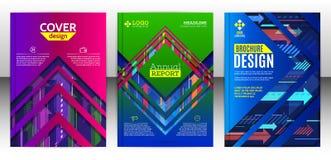 Dekkingsbrochure met abstracte diagonale en verticale kleurrijke arro Stock Afbeeldingen