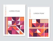 Dekkingsontwerp voor de vlieger van het Brochurepamflet Abstracte geometrisch Roze, oranje, witte, grijze driehoek, vierkanten en Stock Fotografie