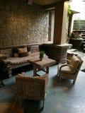 Dekor för lobby för hotell för Balinesestil elegant arkivfoto