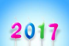 Dekoracj świeczki, Wesoło boże narodzenia 2017 na b i Szczęśliwy nowy rok, Obrazy Stock