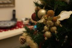 dekoracja świątecznej złota Fotografia Royalty Free