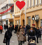 Dekoracja centrum miasta w wigilię walentynki ` s dnia Obrazy Royalty Free
