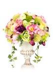 Dekoracja sztuczny plastikowy kwiat z rocznika projekta wazą Obrazy Stock