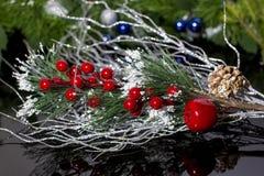 dekoracje świąteczne ekologicznego drewna Nowy rok zegarowi kuranty Nowego roku wakacje boże narodzenia obraz stock
