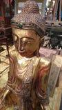 Dekoracyjna antykwarska Buddha statua dla sprzedaży zdjęcie royalty free