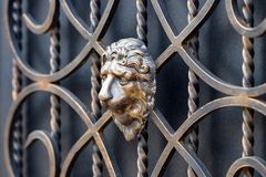 Dekoracyjne części metal bramy, elementy ręki skucie Fotografia Stock