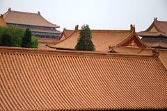 Dekoracyjni dachy antyczni pawilony w Niedozwolonym mieście w Pekin, Chiny Zdjęcia Stock
